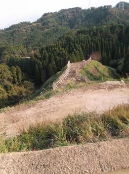 131217-2・20131201・堅志田城跡DSCF3557 (373x500).jpg